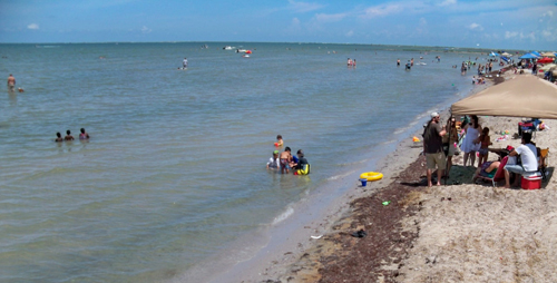 4th of july weekend at the beach dolphin talk port o for Port lavaca fishing report